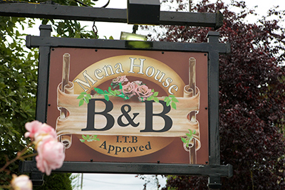 Mena House Kilkenny City b&b, Accommodation, bed and breakfast home Castlecomer  road Kilkenny, near Newpark hotel, Kilkenny City Ireland